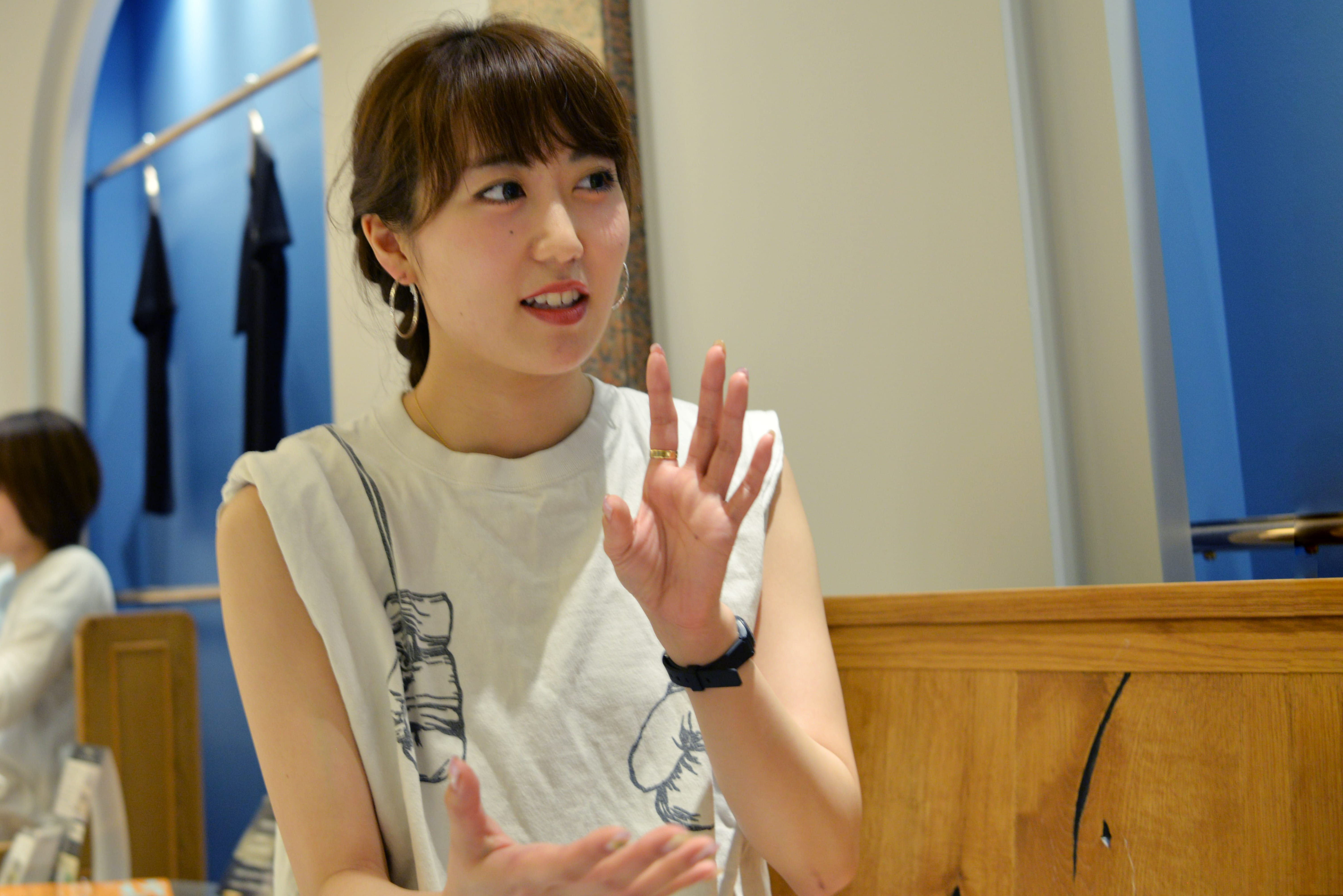 b-monsterパフォーマーNANA。子役としてドラマ、CMで活躍していた小学生時代